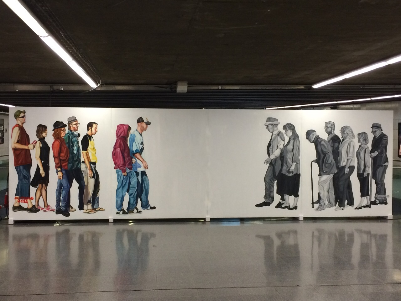 Modern murals to make reflect about modern and social issues - Jupiterfab
