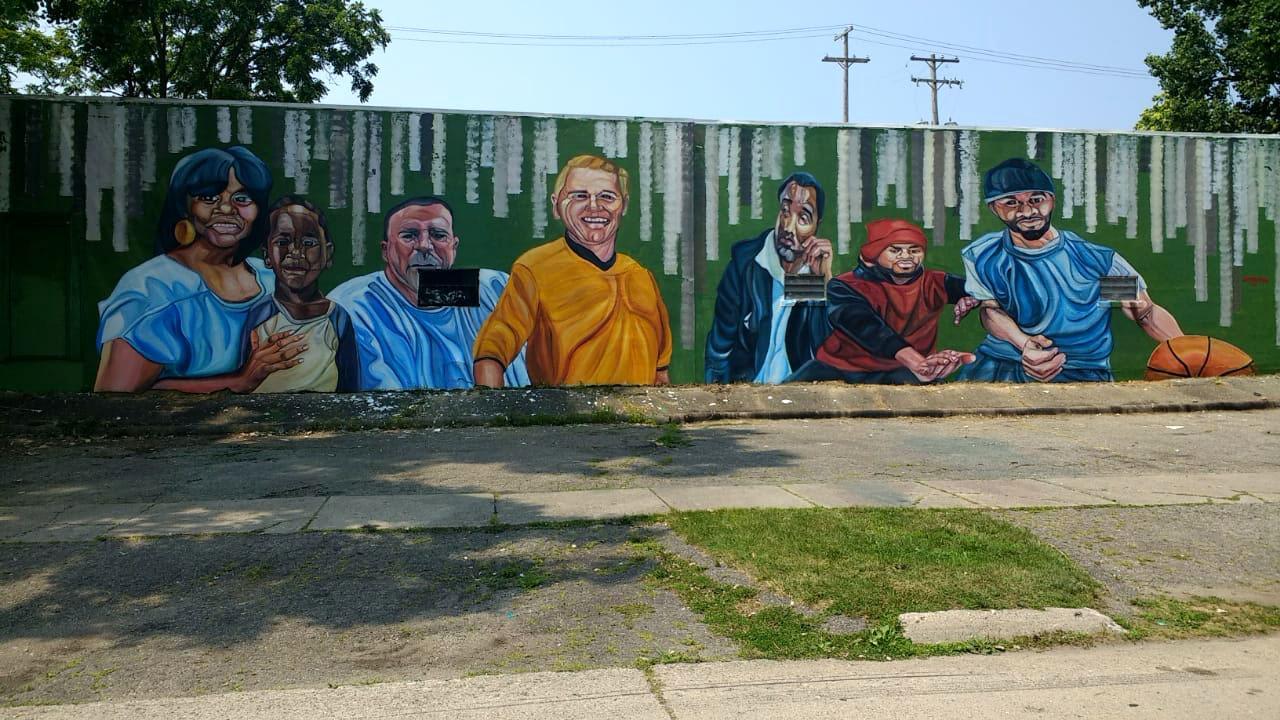 mural close